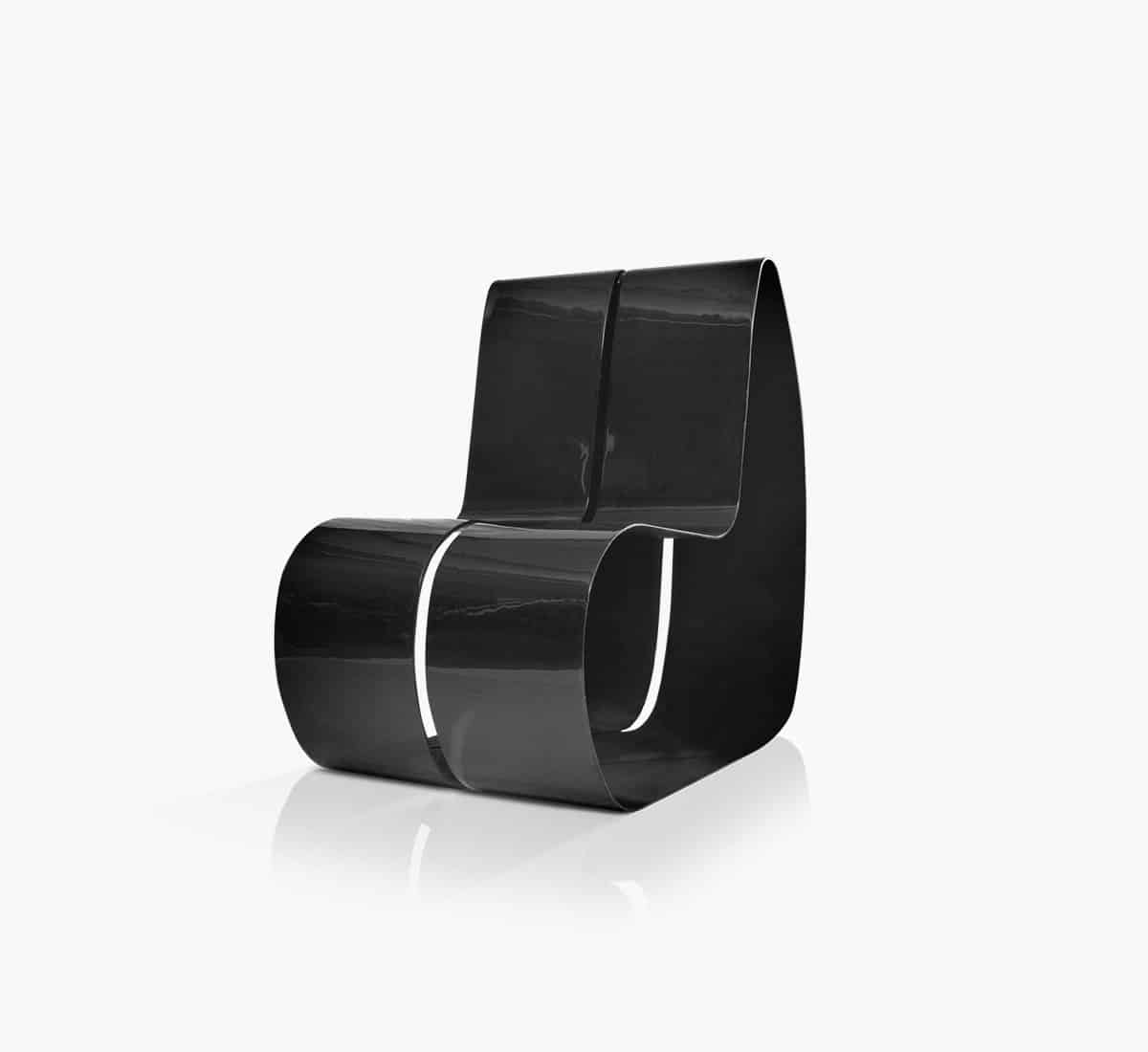 Angleless chair designed by Andrea Fino and Samanta Snidaro